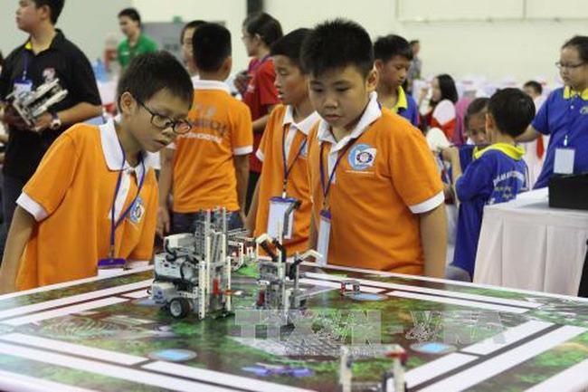 Ngày hội Robothon quốc tế 2015